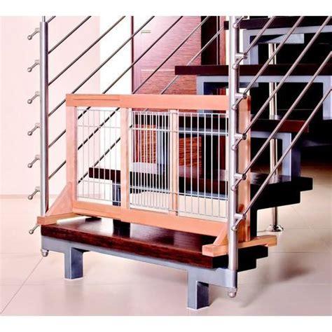 barri 232 re de porte escalier en bois hauteur 50 cm trappe chati 232 re et barri 232 re de porte