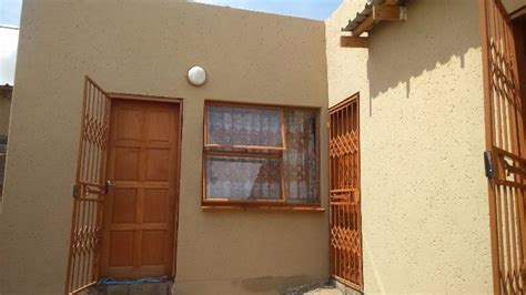 looking for 3 bedroom house to rent 4 bedroom townhouse