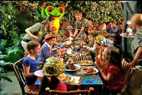 birthday themed restaurant dfwchild rainforest cafe