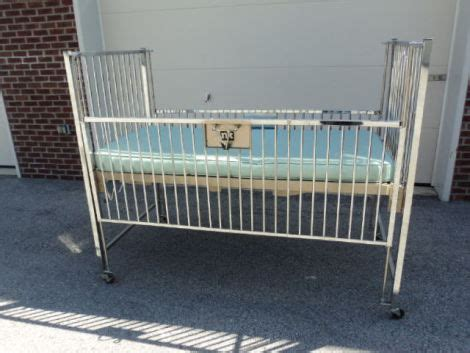 Used Crib Prices by Used Nk Products Stainless Steel Crib For Sale Dotmed Listing 1497774