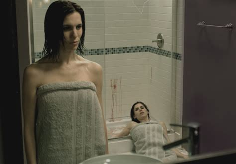 are we there yet bathroom scene the girl who loves horror movie review mirrors 2 2010