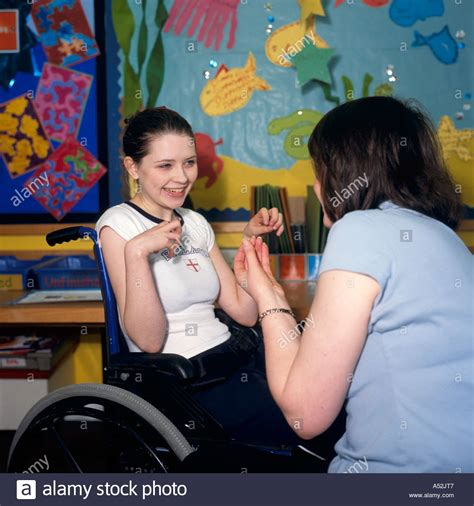 chat rooms for 14 15 year olds disabled 14 year with cerebral palsy working with