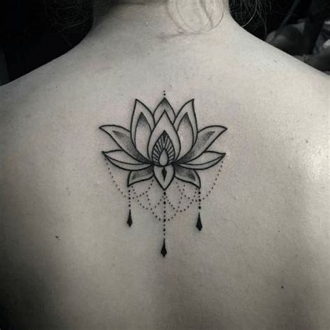 tattoo inspiration album tatouage dos lotus ornemental dotwork proyectos a