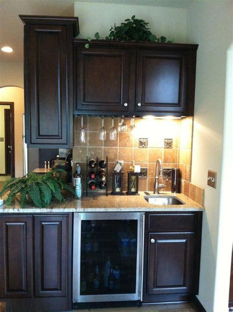wet bar kitchen designs decobizz com 17 best images about kitchen remodel ideas on pinterest