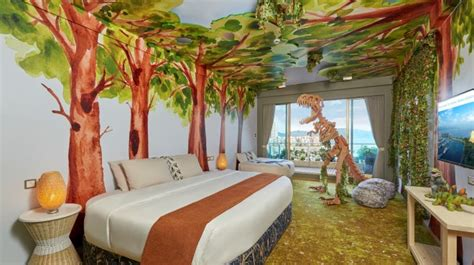 dinosaur themed bedroom families kids hong kong gold coast hotel