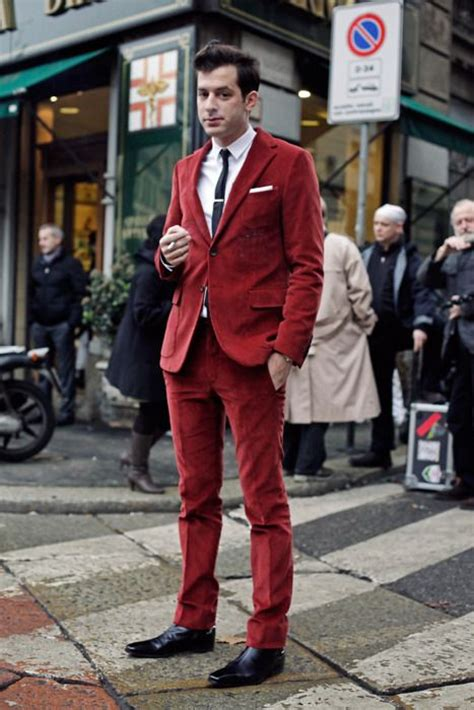 how to wear a white suit for your wedding brides red corduroy suit dudes in corduroy mecs en velours