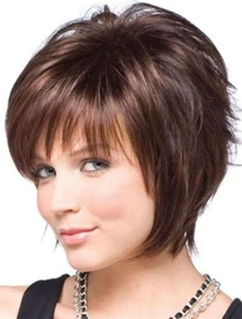 hairstyles for double chin faces 12 short hairstyles for round faces with double chin new