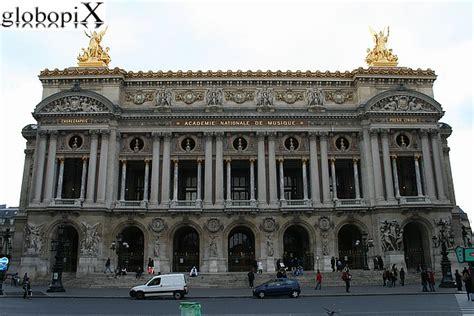 bateau mouche traduzione in italiano foto parigi opera di parigi globopix