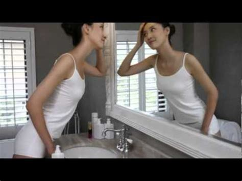 Cermin Tembus temukan cermin tembus pandang di toilet klub perempuan
