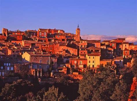 Merveilleux Chambre D Hotes Roussillon Vaucluse #2: roussillon-01.jpg?itok=6afnal4z