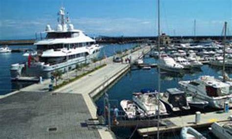 porto turistico riposto porto turistico quot porto dell etna quot riposto ct