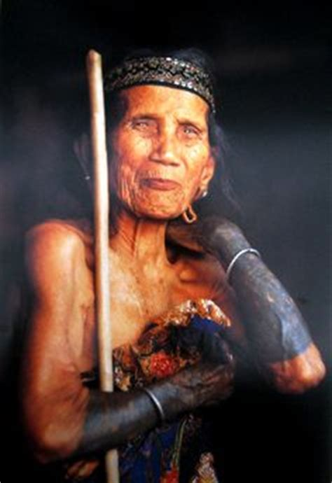 tattoo orang bali 1000 images about ethnic group dayak on pinterest