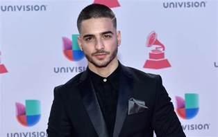 Maluma mexico tour controversy singer makes out with fans allegedly