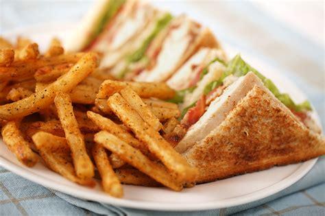 Buku Club Sandwich Pelengkap Chicken Soup For The Christian Soul restaurant bar saskatoon golf club