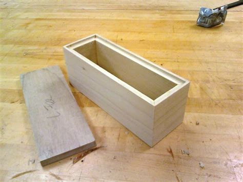 how to build a box how to build a wooden toy box with lid quick woodworking
