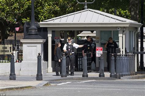 secret service shoot armed outside the white house and