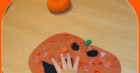 decorating a paper pumpkin play and learn