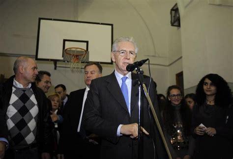 Casa Di Tonia Napoli by Napoli La Casa Di Tonia Ospita Mario Monti