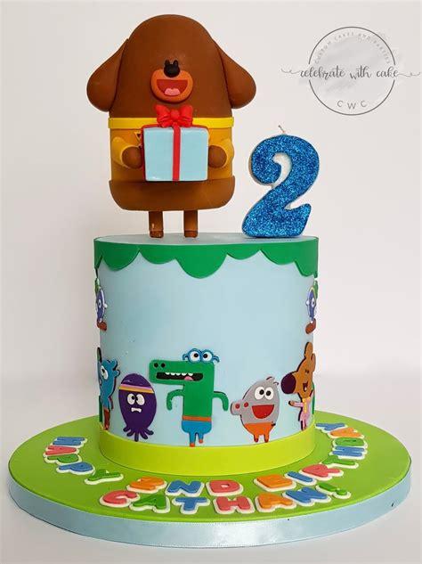 celebrate  cake hey duggee single tier cake