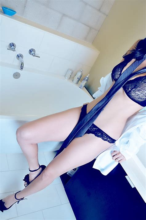 hot sex in a bathroom sunny leone bathroom hot photo shoot 2013 stills hd