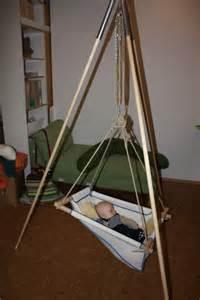 babyschaukel mit gestell ideal f 252 r babys sensationell f 252 r schreibabys ph 228 nomennal