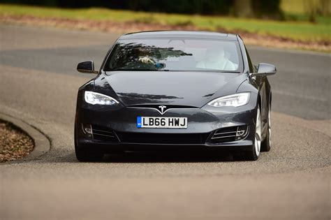 Tesla S Acceleration Tesla Updates Model S And X With Big Acceleration Boosts
