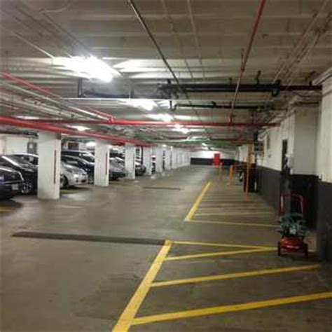 Rosslyn Parking Garage by Rosslyn Arlington Apartments For Rent And Rentals
