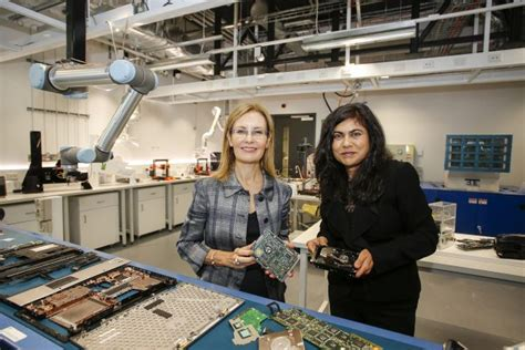 worlds   waste microfactory launched  unsw fm media