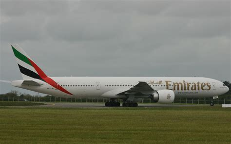 emirates upgrade bid 187 emirates boeing 777 fleet tops 859 000 flights as the
