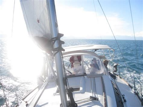 bareboat hire hamilton island bareboat catamaran yacht hire whitsundays hamilton