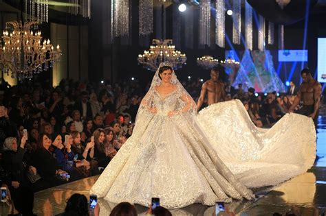 Wedding Album Expensive by Yosra El Lozy Models Most Expensive Wedding Dress In The