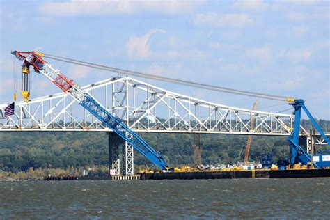 tugboat hits bridge 1 dead 2 missing after tugboat hits barge at new york bridge