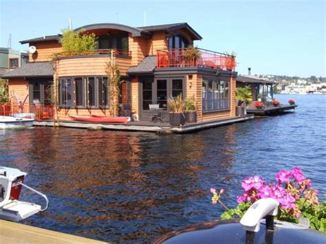 seattle house boats sleepless in seattle on pinterest seattle washington newhairstylesformen2014 com