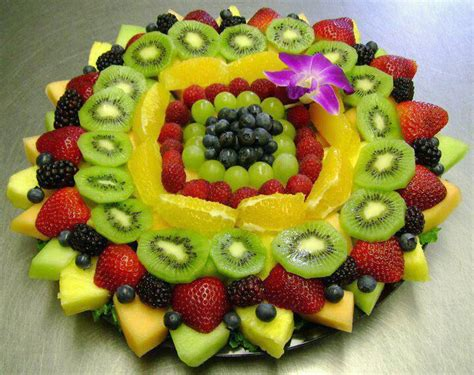 Decoration De Salade De Fruits by Des Id 233 Es Faciles Pour D 233 Corer Nos Plats Trucs