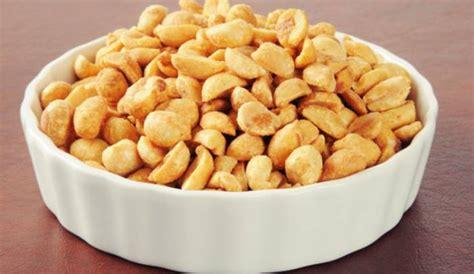 cara membuat makanan in english cara membuat kacang bawang renyah dan empuk di rumah