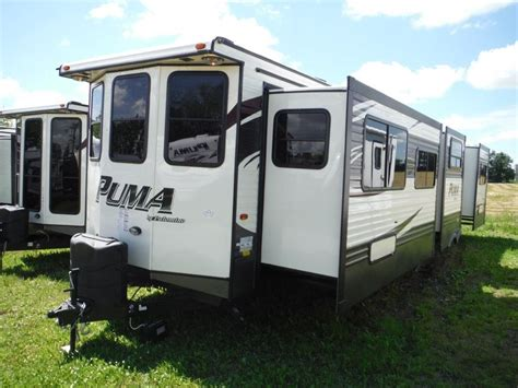 2 Bedroom Travel Trailers For Sale by 2016 39bht 2 Bedroom Park Model Trailer C Out Rv In Stratford