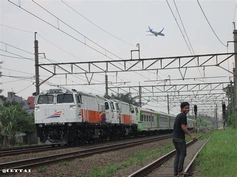 Bo Kereta Tg233 B 4 kumpulan foto kereta api indonesia