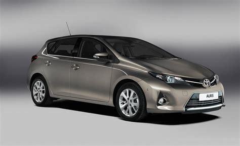 Toyota Auris Hybrid Car And Driver