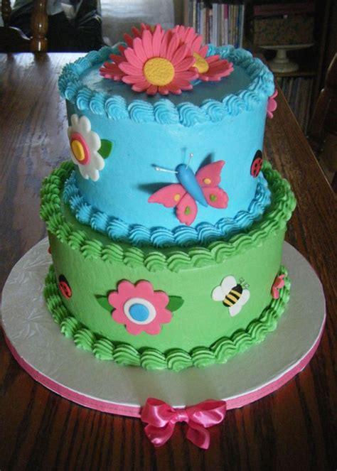 images  birthday cakes party ideas  pinterest pinata cake horse birthday