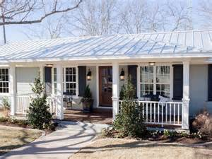 fixer after fixer upper the carriage house at the magnolia b b hgtv s fixer upper with chip and joanna