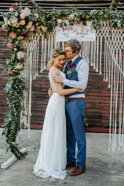 Red White And Blue Home Decor This Boho Wedding At The Cowshed Wowed With A Touch Of