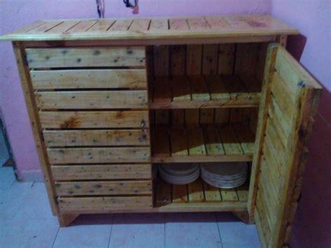 Diy Pallet Sideboard Or Kitchen Cabinet