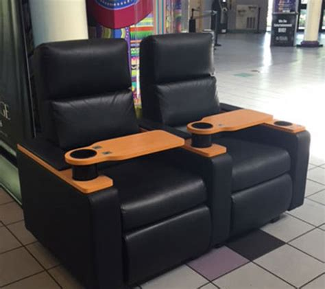 regal king size recliners lights camera recline at regal oakwood stadium 18