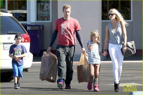 chris martin and gwyneth paltrow kids charlize theron dating ex husband of gwyneth paltrow she