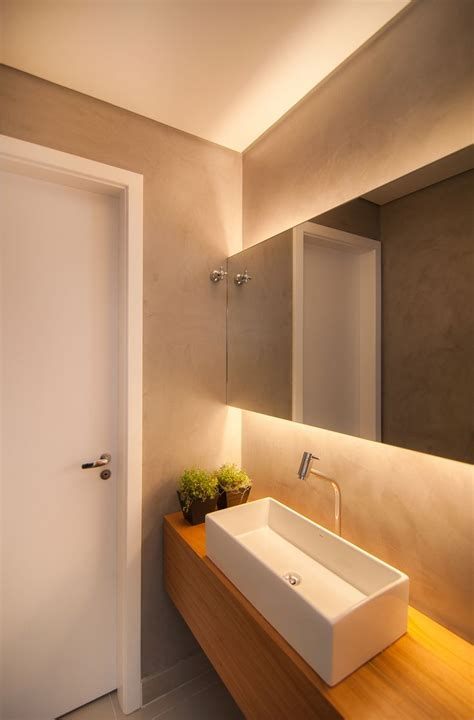 Kleine Badezimmerspiegel by Die Besten 25 Indirekte Beleuchtung Ideen Auf