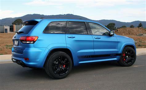 jeep grand cherokee wrapped   matte metallic blue