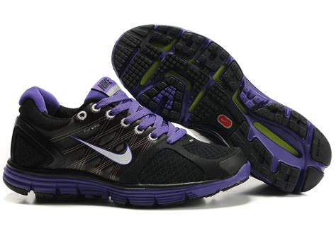 black and purple nike running shoes nike womens running shoes 407647 008 black and purple moon