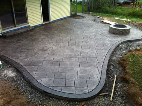 pouring a concrete patio home design