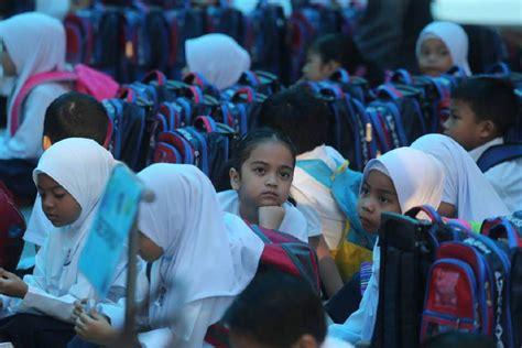 pendaftaran murid tahun 1 di putrajaya 4 000 murid mendaftar tahun 1 di putrajaya mynewshub
