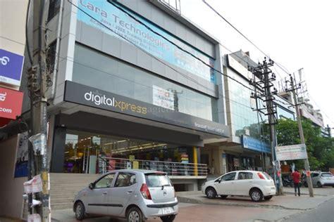 btm layout malls photos of reliance digital xpress in btm layout bangalore